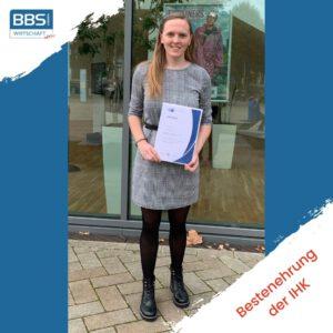 Read more about the article IHK-Bestenehrung mit Ruth-Marie Schwarze