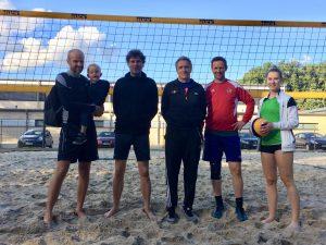 Lehrer-Beachvolleyball: Respektabel!